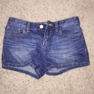Super cute and comfortable jean shorts!